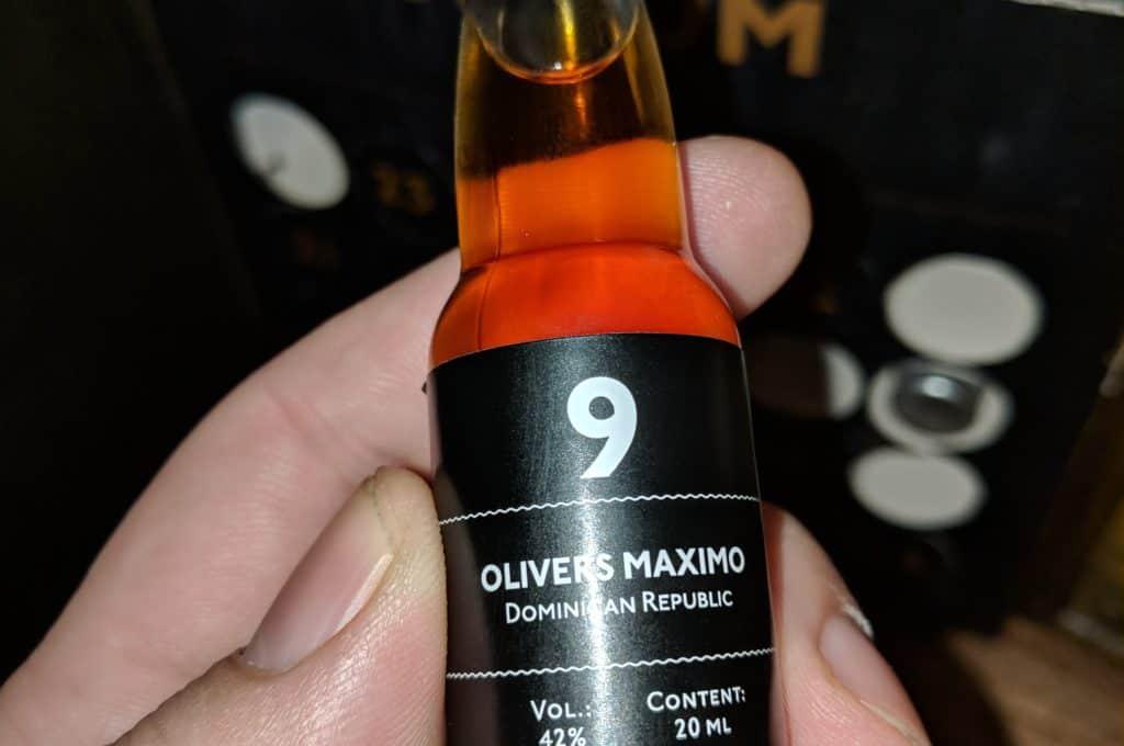 Degustační lahvička ultra prémiového rumu Olivers Maximo