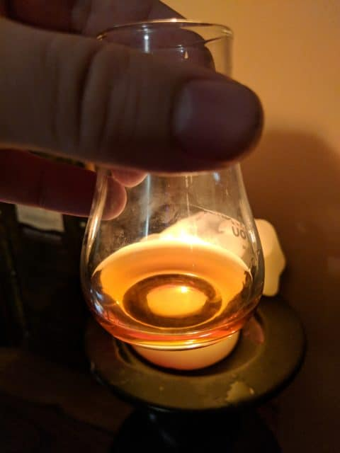 Barva rumu Oliver's Maximo