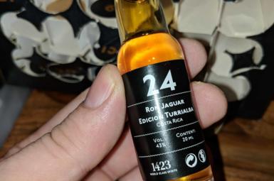 Hotovo! Ron Jaguar Edicion Turrialba  – 24. rum rumového kalendáře
