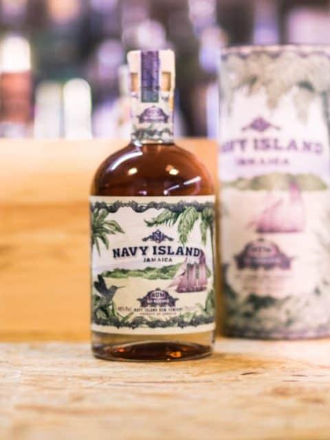Navy Island XO 0,7l 40%