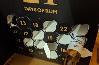 Fijian Rum Liqueur 8y – 12. rum rumového kalendáře