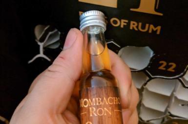 Mombacho 8y – 20. rum rumového kalendáře