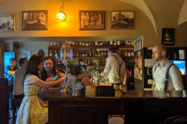 Jak se rumovému fanouškovi líbilo v pražském Hemingway Bar?