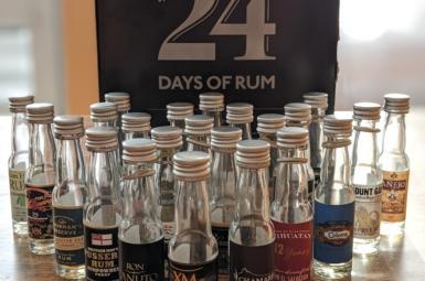 Jaký byl rumový adventní kalendář 2019 aneb 24 days of rum od 1423.dk