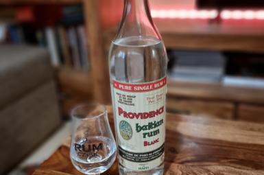 "Recenze: Providence ""First drops"" Haitan Rum Blanc"