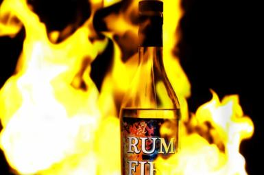 Recenze Hampden Estate Rum Fire Overproof
